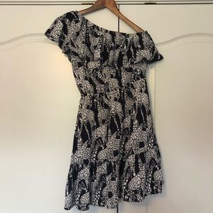 One shoulder Crown and Ivy giraffe print dress